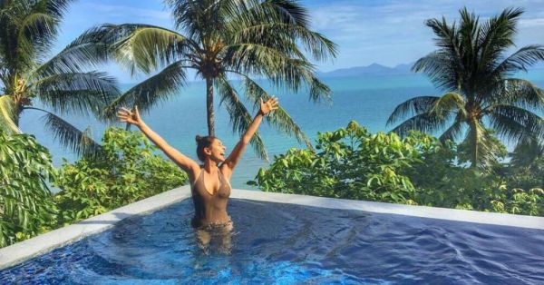 Aww… Lisa Ray's Anniversary Pictures In Thailand Are All Kinds Of Adorable!