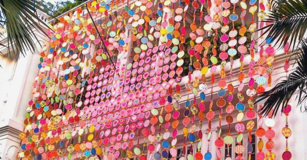 Manish Arora Puts His Technicolour Touch To Mumbai With This Street Art Project!