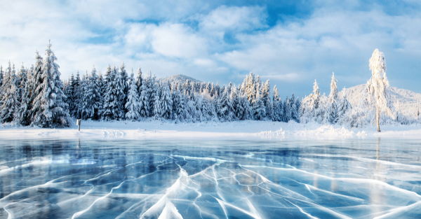 6 Frozen Lakes Around The World That'll Take Your Breath Away