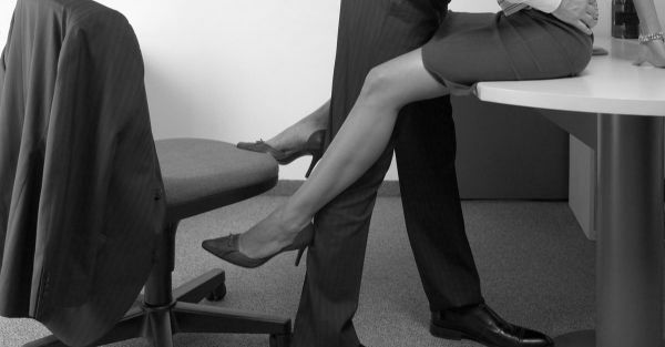 Sunday Shorts: 3 Hot Tales Of Getting Frisky In The Office!
