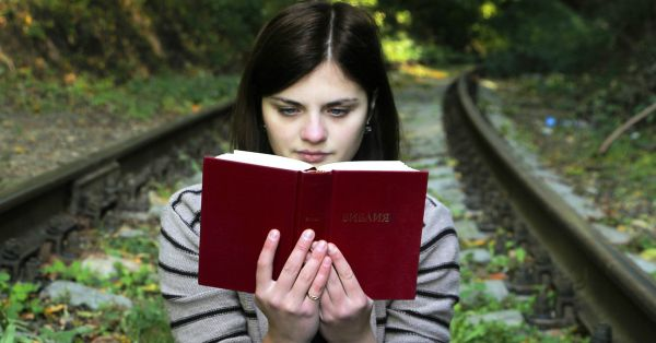 Reading Is Good For Your Mental Health According To A Study. So, Read Away, Bibliophiles!