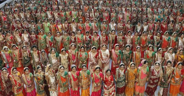 Surat Just Witnessed A Mass Wedding Of 251 Couples & We're All For It!