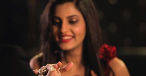 From Starlit Dinners To Flash Mobs: This Group Can Organize That Dream Proposal For Bae!