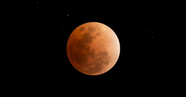 Here's What The Super Blue Blood Moon Means For Your Zodiac Sign!