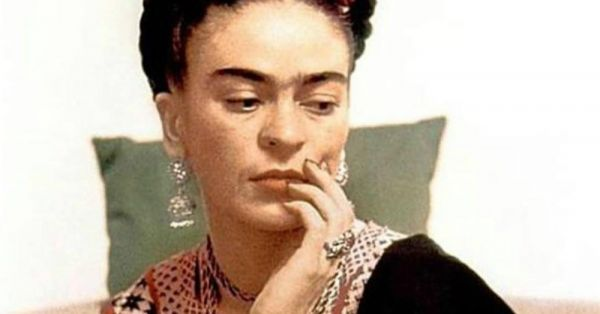 Vintage Vibes: Frida Kahlo's Go-To Brow Pencil Has Been Revealed & You Can Now Get Her Look!