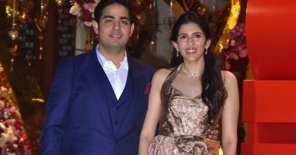 All The Pictures From The Akash Ambani-Shloka Mehta Engagement Party That You Need To See