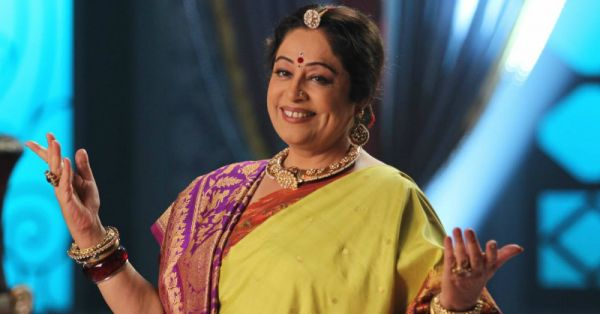 Attending A Desi Wedding? Here Are 10 Types Of Aunties You'll Definitely Meet!