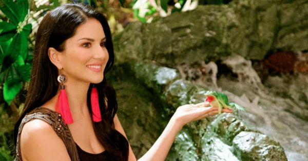 'The House Is Going To Be On Fire': Sunny Leone On Motherhood, Diapers & Her Biopic!