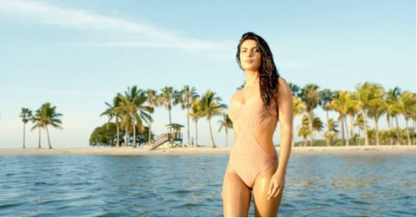 Your Guide To Tackling An An Awkward Tan, Nip Slip & Other Swimsuit Troubles!