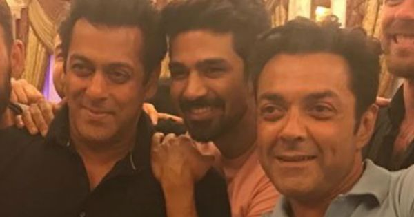 From Jail To JD! See Pictures Of Salman Khan Partying Right After Getting Out On Bail