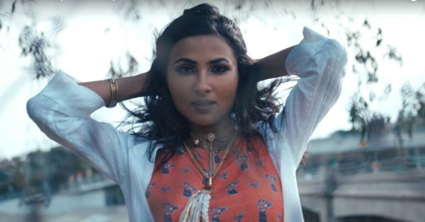 Dear Vidya Vox Fangirls, Guess Which Affordable Fashion Brand She Is A Fan Of?