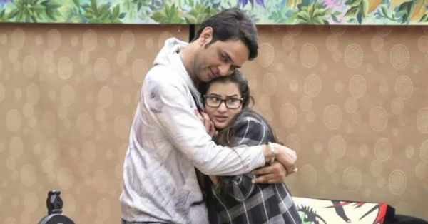 Looks Like Bigg Boss Finalists Vikas Gupta And Shilpa Shinde Are Friends Again!