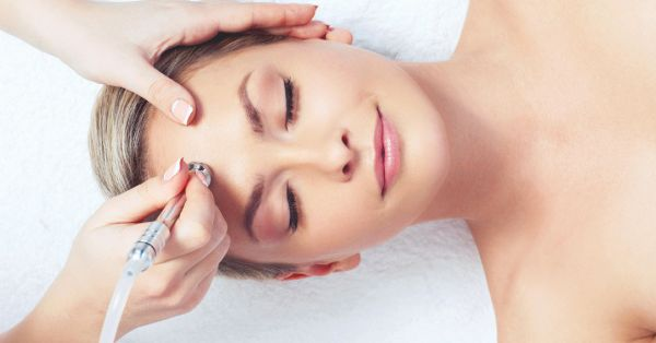 Skincare FAQs: Is Microdermabrasion The Right Way To Exfoliate? Let's Find Out!