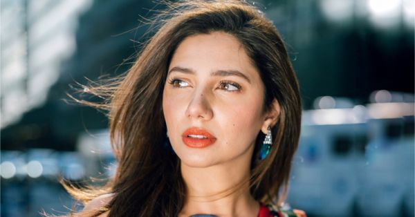 No Makeup Win: Here's How You Can Mimic Mahira Khan's Super Gorgeous Lashes!