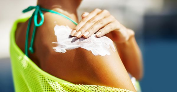 What's The Difference Between Physical And Chemical Sunscreen?
