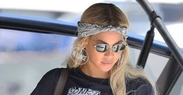 #ExtraAF: Beyonce Has An Uber Cool Personalised Detail On Her Earrings