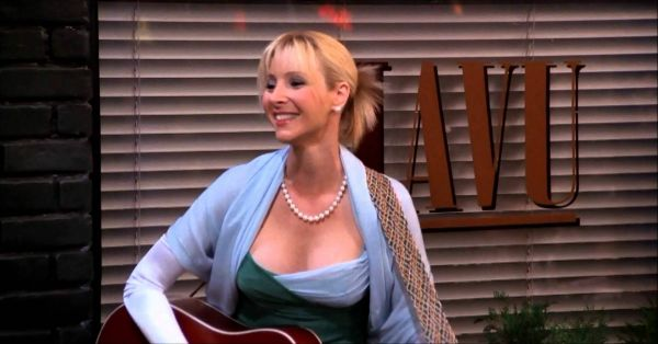 7 Times Phoebe Buffay Was Our Favourite TV Character Ever!