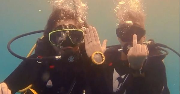 This Adventurous Couple Had A Proposal While Diving Underwater & It's Extraordinary!