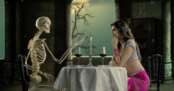 Stree's Latest Song 'Aao Kabhi Haveli Pe' Has Badshah, Kriti Sanon & Lots of Bizarre Things!