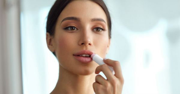 DIY Wednesdays: 4 Quick & Easy Nourishing Lip Balms You Can Make At Home