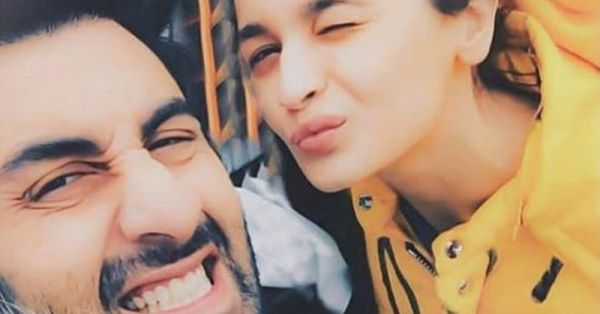 Pyaar Hua Ikraar Hua: This Adorable Picture Of Ranbir & Alia Says It ALL!