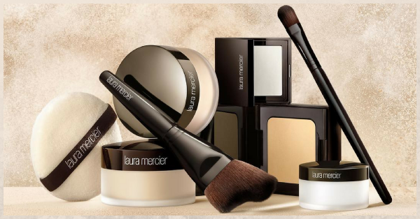 Attention Makeup Junkies: Laura Mercier Launched A *Glowy* Translucent Setting Powder!