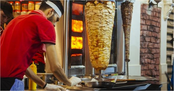 Indian Food Trail: Places To Go If You Are Craving The Best Shawarmas All Over India!