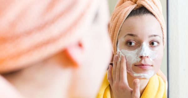 Mask Your Worries Away With These Budget Face Packs For Glowing Skin (All Under Rs 400!)