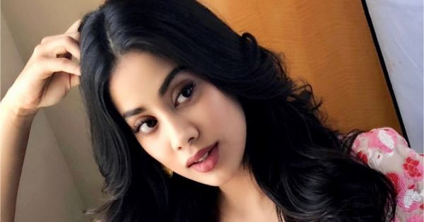 #WhatsThatLipColour: Janhvi Kapoor's Rosy Nude Is What I'm Wearing To Brunch