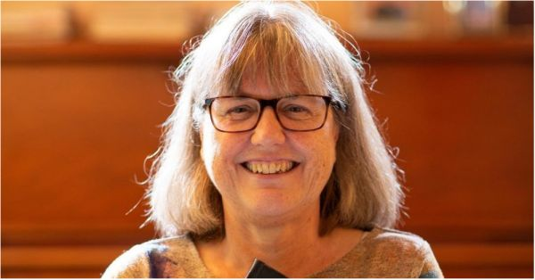 Donna Strickland Is The First Female To Win The Nobel Prize In Physics In 55 Years!