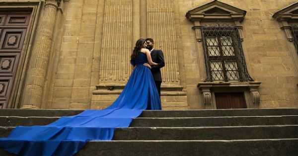 This Couple's Dreamy Pre-Wedding Shoot In Italy Is Right Out Of A Yash Raj Movie!
