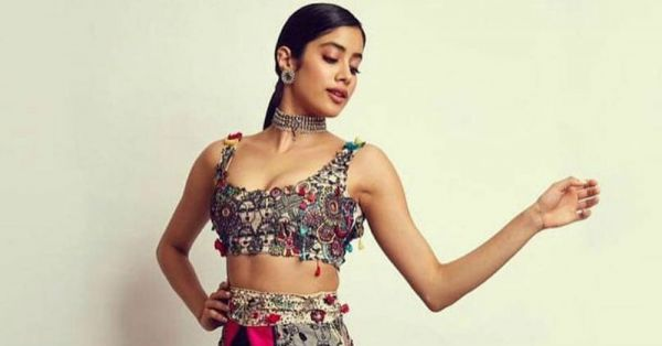 Janhvi Kapoor's Ghagra Is *TV Pe Breaking News* And It's All Thanks To...