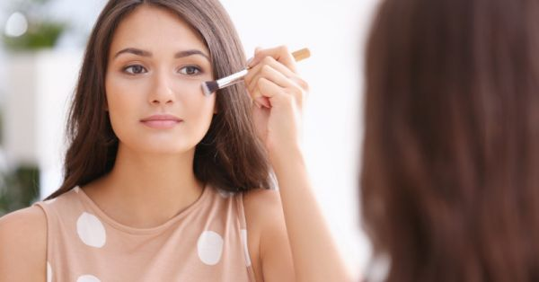 #BeautyBasics: All The Tips, Tricks & Hacks You Need To Know To Apply Foundation The Right Way