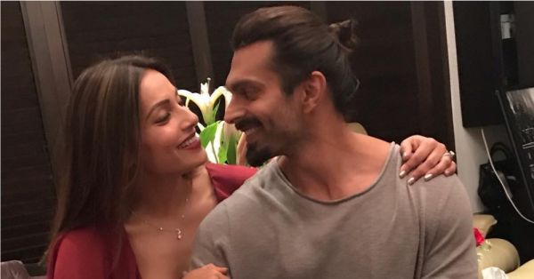 Bipasha Basu Has The *Sweetest* Things To Say About Hubby Karan Singh Grover
