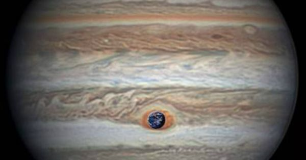 Look Up: Jupiter Is So Close To Earth Tonight That You'd Not Want To Sleep!