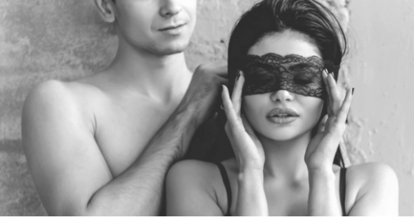 10 HOT Role Play in Bed Ideas for the Man Who Loves to Spice Things Up!