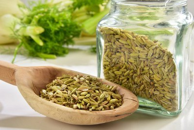 Benefits Of Saunf (Fennel Seeds) - Uses, Nutrition & Side Effects