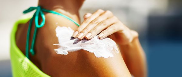 Zinc Oxide Sunscreen Is The Type You Should Use If You Never Want To Deal With Acne Again!