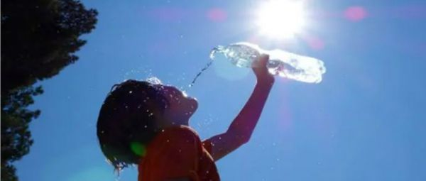 Heat Wave In India Is Claiming Lives, So Here's How You Can Stay Safe This Summer