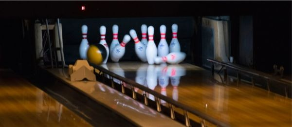 10 Of The Best Bowling Places In Delhi-NCR That You've Gotta Visit With Your Crew!