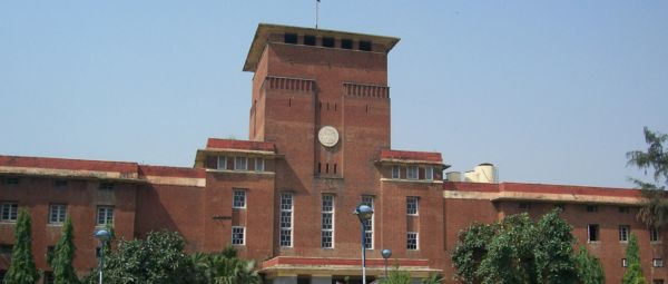 Looking To Teach? Delhi University Has 857 Vacancies That Are Waiting To Be Filled!