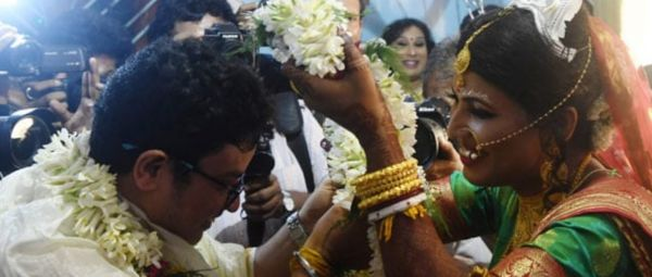 This Transgender Couple's 'Rainbow Wedding' Is Reminding Us That #LoveWins Always!