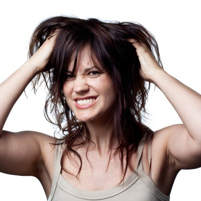 #RealGirlBeauty: Tips To Combat Dandruff and Stop That Constant Itch