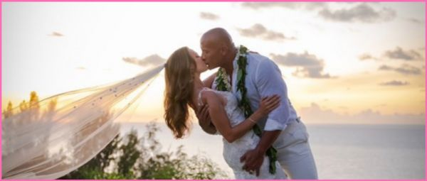 #HitchedForLife: Dwayne Johnson Marries Longtime Partner Lauren Hashian