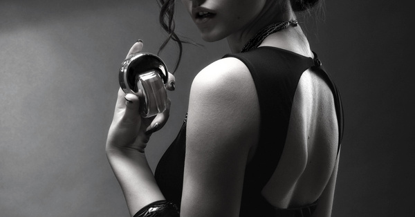 18 Sexiest Perfumes That Are Sure to Seduce Him!