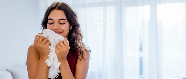 15 Weird Smells That All Of Us Secretly Like