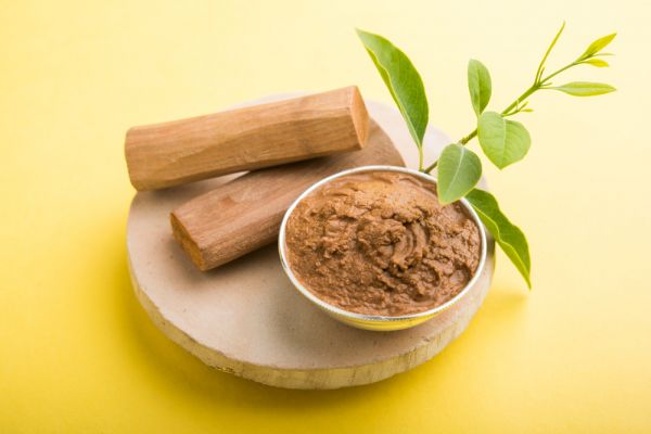 Sandal wood paste for glowing skin