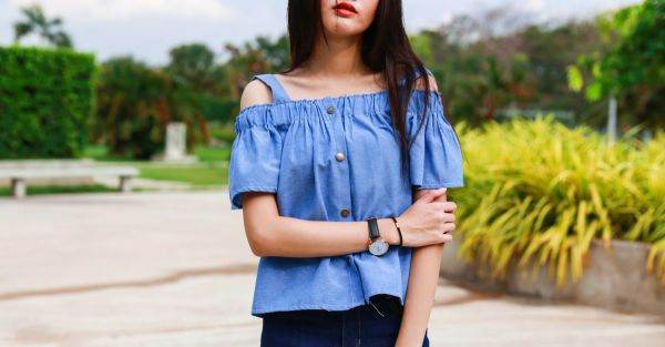 15 Super Pretty Cold Shoulder Tops You NEED This Summer!
