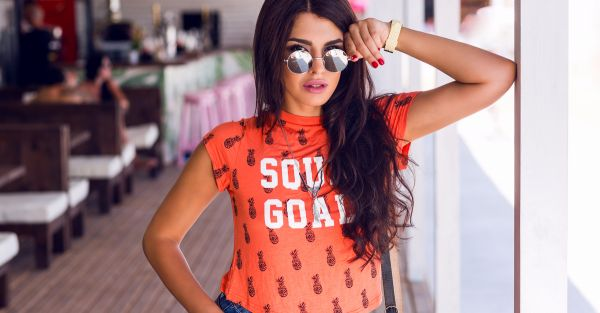 15 Super Cool Slogan Tees EVERY College Girl Will Love!