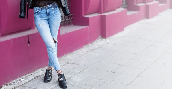 10 Things To NOT Do When You Wear Jeans!
